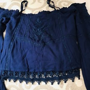 Guess Tops - NWT Guess Top